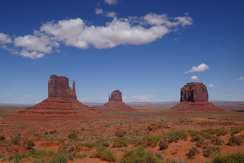 Monument Valley - The Mittens & Merrick Butte