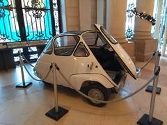 ISETTA (marsupilami92) Tags: france frankreich îledefrance 92 hautsdeseine levallois exposition tintin hergé voiture