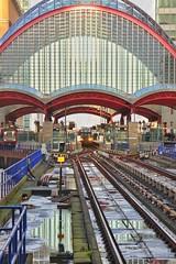 Canary Wharf (gary8345) Tags: london uk unitedkingdom england snapseed 2019 britain londonist greatbritain canarywharf docklands docklandslightrailway dlr
