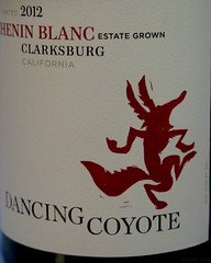 Jubilance (Coyoty) Tags: dancingcoyote wine cheninblanc whitewine label dancing coyote red food drink flickrfriday jubilance celebration