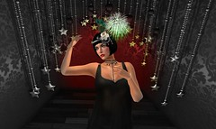 Gatsby Girl (*kAmmieAnn*) Tags: stonesworks secondlife avatar fashion style trend appearance flapperheadband greatgatsby gatsbygirl newyear newyearseve party hat milliner millinery exclusive sale