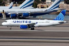 United Airlines | Airbus A320-200 | N449UA | Las Vegas McCarran (Dennis HKG) Tags: aircraft airplane airport plane planespotting staralliance canon 7d 100400 lasvegas mccarran klas las n449ua united unitedairlines ual ua usa airbus a320 airbusa320