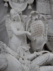 Heusden - Catharijnekerk (Grotevriendelijkereus) Tags: noord brabant netherlands holland nederland church kerk statue tomb tombe standbeeld beeld beeldhouwerk angel engel cherub putti sculpture sculptuur baroque