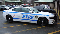 New York Police Department: Highway Patrol (Emergency_Spotter) Tags: new york police department highway patrol dodge charger nypd hwy 3 queens pursuit steelies dual spots federal signal vector vision vbar high riser dodgelaw city