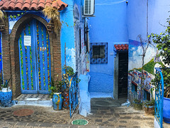 Blue City, Chefchaouene, Morocco, 摩洛哥 (cattan2011) Tags: exploringthemorocco streetpicture streetphotography streetphoto streetart traveltuesday travelphotography travelbloggers travelphoto travel buildings architecturephotography architecture landscapephotography landscape tradition culture 摩洛哥 morocco blue bluemorocco bluecity chefchaouene