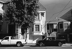Bryant Street, San Francisco. 2019/178 (Postcards from San Francisco) Tags: m6 35mmsummicroniv trix rodinal film analog yellowfilter themission sanfrancisco