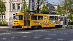 GVB Schleifwagen (Ivan van Nek) Tags: theaterstrase theaterplatz gera thüringen deutschland ehemaligeddr germany allemagne duitsland nikon d7200 sigma1770 tram streetphotography traffic city yellow geel gelb jaune