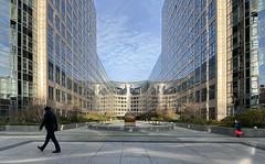 walk on by (Renate R) Tags: berlin moabit architecture sky walkonby spreebogen bestcapturesaoi elitegalleryaoi aoi
