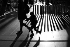- Holding On - (Jacqueline ter Haar) Tags: utrecht utrechtcentraal station sunny holdingon lettinggo winterlight bw 2019 2020