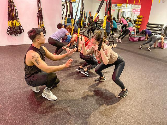 內湖健身房推薦。妮飛內湖健身空間Nifei Fitness|TRX燃脂肌耐力課程