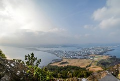 Seongsan Ilchulbong [ Sunrise Peak ] (κεηηγsκ™) Tags: seongsanilchulbong sunrisepeak seongsan ilchulbong sunrise peak scenery hill mountain top thetop thepeak climb hillclimb beautifulscenery beautiful geological volcano volcaniccone korea southkorea jeju jejuisland travel tourist panaroma panoramic horizon wideangle ultrawide photostitching