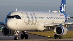 OY-KBH SAS A321 (Ian Marsh 787) Tags: scandinavian plane airline jet aircraft a321 airbus manchester airport egcc aviation runway nikon d810 afs 300mm