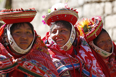 Peruvian women (feijeriemersma) Tags: peru andes south amseriva woman women people girl girls indigenous american colour colourful clothes clothing red ancient inca original children smile smiling laugh laughing
