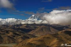 GYATSO LA PASS (RLuna (Instagram @rluna1982)) Tags: tibet nepal mountain nature asia canon viaje landascape travel holidays vacaciones everest himalaya rluna rluna1982 trip ecologia spotlight instagramapp photography natural basecamp caranorte tingri lhasa china gyatsola