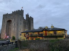 Bunratty, County Clare - Christmas 2019 (firehouse.ie) Tags: roi buildings building structures structure castles history historic tourism hostelries inns taverns pubs durtynelly's 2019 christmas eire countyclare clare attraction tourist bar pub durtynellies castle bunratty architecture