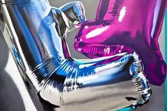 Hélium (Gerard Hermand) Tags: 1909200428 gerardhermand france paris canon eos5dmarkii huge hugeart ladefense art rue street streetart peinture paint mur wall ballon balloon