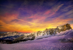 Cade una stella ... (Gio_guarda_le_stelle) Tags: sunset mountainscape dolomites dolomiti desiderio fallingstar passogiau lastshot desire