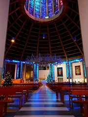 Inside Liverpool Metropolitan Cathedral (MerseySpyder) Tags: paddyswigwam liverpoolmetropolitancathedral cathedral catholic religious liverpool uk amateurphotographer phonephotography christmas