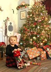 Christmas morning (Judecat (settling in for winter)) Tags: chloe family granddaughter love gift present christmaspresent underthetree christmasmorning christmas holiday christmastree