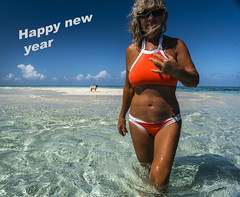 Happy new year from the coral sea (Cruising, traveling & dive pics.) Tags: 2019 sv pug beach cay outdoors