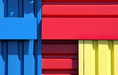 Happy New Year 2020 (Ciceruacchio) Tags: primarycolors couleursprimaires coloriprimari blue bleu blu yellow jaune giallo red rouge rosso canon