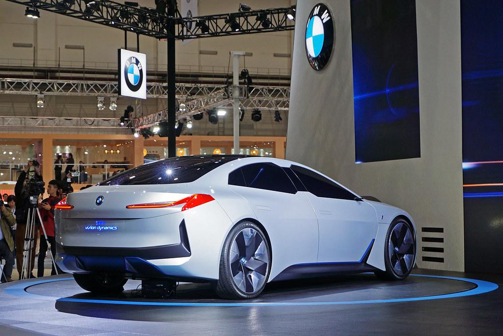 2020Autoshow_BMW-4