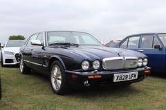 Jaguar XJ8 X829UFM (Andrew 2.8i) Tags: haynes museum sparkford classic car cars classics breakfast meet show british executive luxury saloon sedan v8 xj x308 xj8 jaguar x829ufm