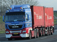 MAN TGX from v d Water Holland. (capelleaandenijssel) Tags: 91bln2 kline container box truck trailer lorry camion lkw netherlands nl
