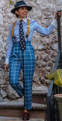 Fatima (bof352000) Tags: woman tie necktie suit shirt fashion businesswoman elegance class strict femme cravate costume chemise mode affaire