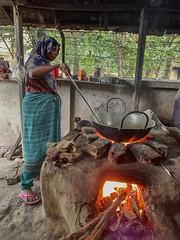 Jashore kitchen 3605 (shahidul001) Tags: woman cooking food work dailylife bangladesh jashore
