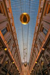 Golden Brussels (jefvandenhoute) Tags: belgium belgië brussels brussel bruxelles light gallery