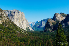 Tunnel View, Yosemite National Park. (Tom Simcock) Tags: yosemite california tunnelview summer mountains landscape sonya6000 sonyfe28mmf2 usa travel america nationalpark yosemitenationalpark halfdome elcapitan roadtrip