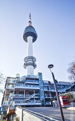N Seoul Tower (κεηηγsκ™) Tags: korea southkorea korean seoul itaewon hannam namsan seoultower namsantower nseoultower city cityscape horizon scenery bustling bustlingcity township town metropolitan landscape sunset dawn tower travel tourist holiday communication observation namsanmountain namsangongwongil yongsan tourism lovelocks