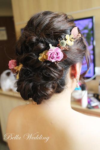 嘉義新秘,新秘,訂結新娘造型,黑髮新娘造型,大皇冠白紗造型,名媛時尚妝感