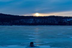 Winter Sunrise (Khovsgol, Mongolia. Gustavo Thomas © 2019) (Gustavo Thomas) Tags: frozen lake water sunrise sun sunlight nature khovsgol mongolia mongolian naturaleza adventure travel trip voyager nikon
