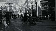 city central@Duisburg, Germany (Amselchen) Tags: germany season ef40mmf28stm pancake winter canoneos6dmarkii street streetphotography city people light pedestrian lightandshadow blackandwhite mono monochrome twop