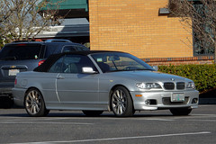 2005 BMW 330Ci (mlokren) Tags: car spotting photo photography photos pic picture pics pictures pacific northwest pnw pacnw oregon usa vehicle vehicles vehicular automobile automobiles automotive transportation outdoor outdoors 2019 2005 bmw 3series 330ci cabriolet convertible silver e46