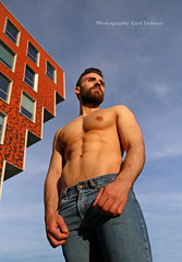 IMG_7300h (Defever Photography) Tags: ghent belgium handelsdok architecture malemodel malefitmodel malefitnessmodel