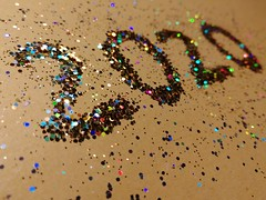 1/366 Happy New Year! (_anke_) Tags: 2020 glitter allthatglitters sparkle sparkling closeup mobilephone numbers happynewyear photoaday photoaday2020 1366 366project
