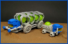 Fuel Tanker and Support Vehicle (Karf Oohlu) Tags: lego moc microscale vehicle fuelcarrier fueltanker scifi supportvehicle