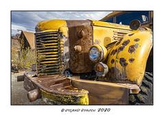 School Bus - tough neighborhood (Roland Bogush) Tags: lasvegas sonyrx100mk7