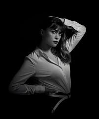 Yona Lowkey (ju.labs) Tags: canon studio flickr flash elinchrom noiretblanc lowkey 2470f4 focus modele mode mannequin gris grey