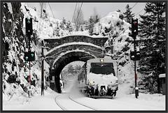 "Winter At Krauseltunnel ("" Wiener Schule "") Tags: semmering semmeringbahn ghega breitenstein krauselklause krauseltunnel 4020 emu eisenbahn railway railroad öbb oebb obb"