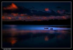 7h03 Le 18.06.2019. (jmfaure29) Tags: jmfaure29 canon ciel clouds paysage nature nuages finistère bretagne mer matin sky seascape sea bateau barque