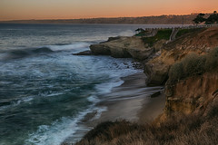La Jolla Cove at Dawn (lfeng1014) Tags: lajollacoveatdawn lajollacove lajolla california pacificocean ocean sunrise waves cliffs landscape usa canon5dmarkiii ef2470mmf28liiusm atdawn travel lifeng light
