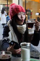 Selfie mit Glühwein (dididumm) Tags: selfie camera smartphone mulledwine spicedwine trip winter christmastime weihnachtszeit ausflug glühwein kamera sienna cologne köln nrw germany