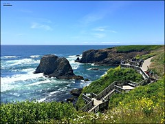time is a brisk wind... (MEA Images) Tags: yaquinaheadlighthouse newport oregon ocean water waterscene waterscape tide horizon landscape stairs picmonkey