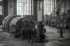 turned off (jkatanowski) Tags: urbex urban exploration europe decay derelict destroyed decaying decayed abandoned forgotten lost lostplace indoor industry industrial interior machinery machine steel metal sony a7m2 turbine hall poland