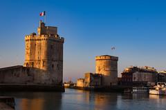 La Rochelle_6629 (LB Photos.) Tags: larochelle port tour tours mer vendée france voilier voiliers eau vague vagues
