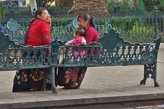MEXICO, indogenes Leben in den Straßen von San Cristóbal de las Casas, 19411/12228 (roba66) Tags: tradition mexiko mexico mécico méjico nordamerika northamerica zentralamerika yukatanhalbinsel rundreise 2017 roba66 chiapas san cristóbal de las casas market markt poor arm urlaub reisen platz places historie menschen leute people woman indios kinder children indogen bevölkerung händler